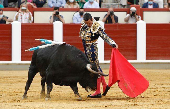 Portugal podrá dar toros al 50