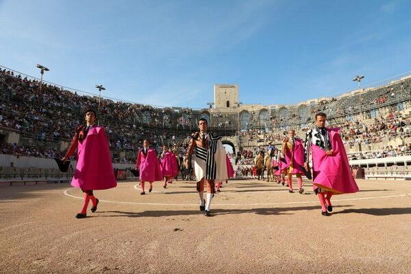Ferrera, Perera y de Justo en Arles